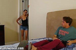 MommyBB Dana Vespoli caughts her stepson jerking off!
