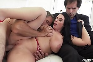 Big Tit MILF Cuckolds Pathetic Hubby By Fucking Her Photographer