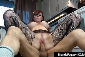 Horny Housewife Shanda Fay Bangs Hubby On The Floor!